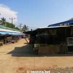 Markt in Aluthgama - extrem teuer für Touristen.